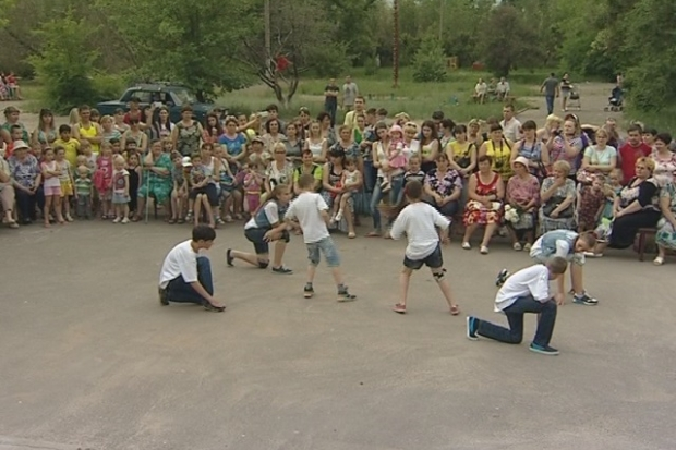 Во всех районах Волгограда горожане начали отмечать День соседей