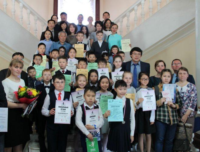 В Бурятии наградили юных математиков, ставших одними из лучших в России